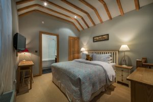 The-Feathers-Hotel-Eves-cottage-bedroom